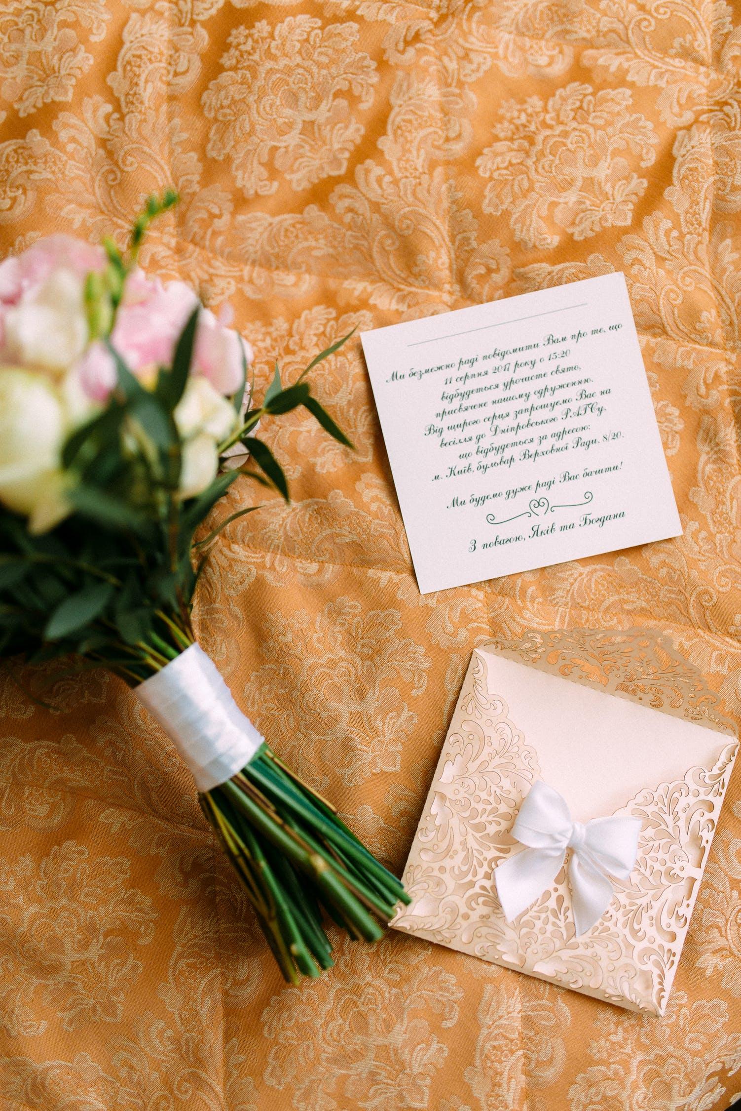 Kartki ślubne – jak można zrobić je samodzielnie?